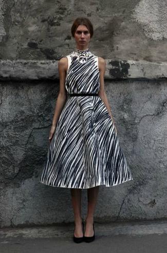 vika gazinskaya black and white