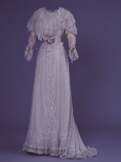 Day dress by IRFÉ, c.1927, worn by Anne Armstrong Jones
