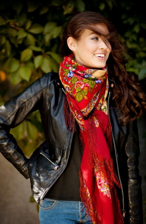 big_red_scarf