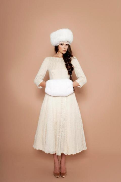 a la russe dress snowwhite
