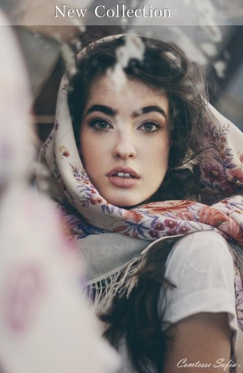 spring square scarf comtesse sofia